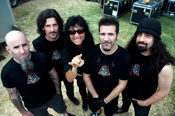 Anthrax – Keep It In The Family (Live)