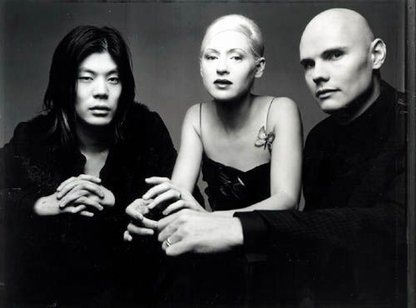 Smashing Pumpkins – Cherub Rock (Live)